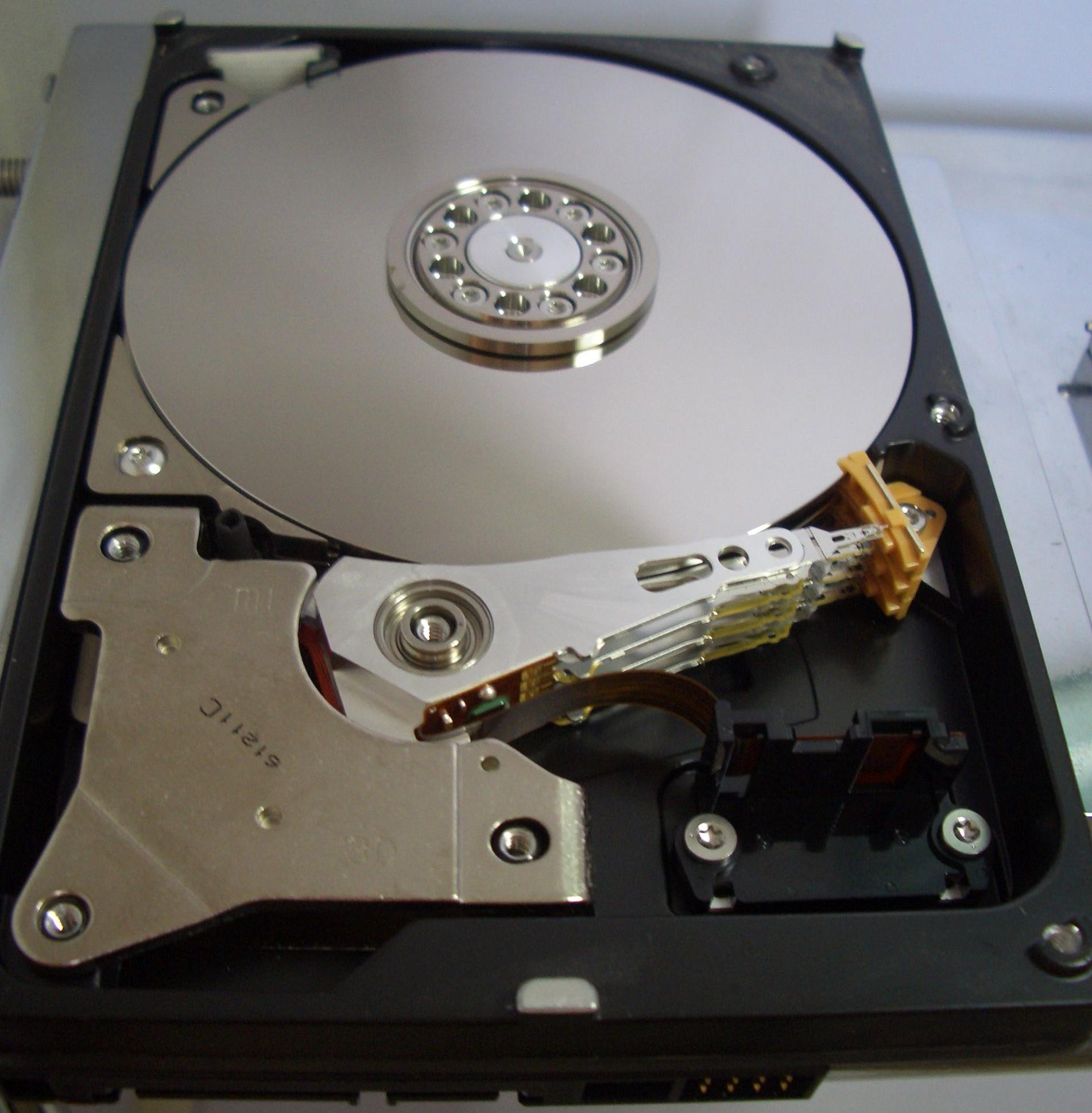 my hard drive won u2019t spin up  the role of the platter swap Hard Drive Diagram Hard Drive Connections